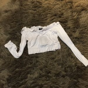 ***SOLD***White long sleeve crop top
